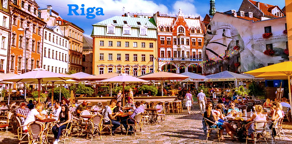 2000x1125_riga-dome-square-cafe.jpg