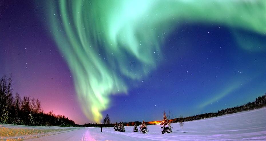 aurora-borealis-69221_960_720.jpg