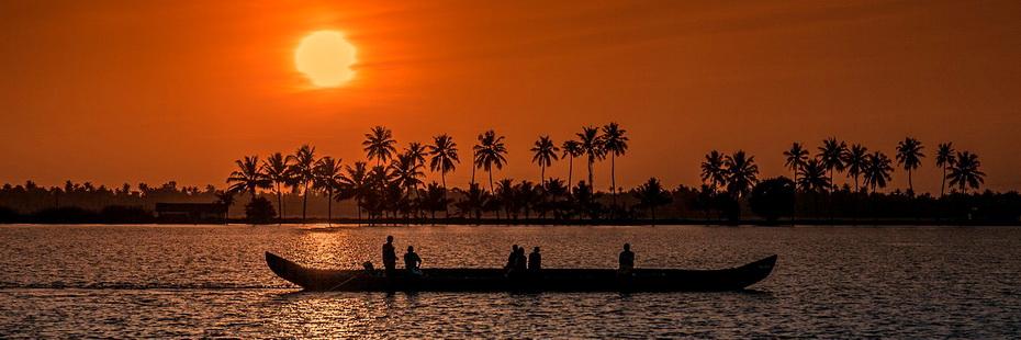sunset-1139293_1280.jpg
